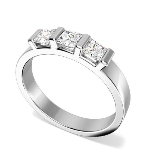 Inel de Logodna cu 3 Diamante Dama Aur Alb 18kt cu 3 Diamante Princess in Setare Bara