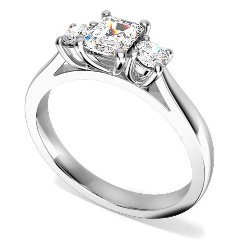 Inel de Logodna cu 3 Diamante Dama Aur Alb 18kt cu un Diamant Central Forma Smarald si 2 Diamante Rotund Briliant