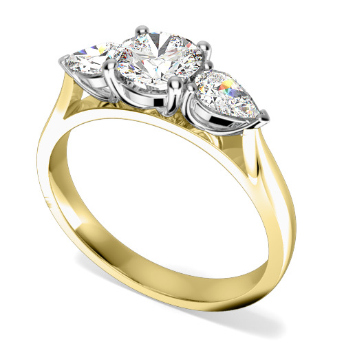 Inel de Logodna cu 3 Diamante Dama Aur Galben si Aur Alb 18kt cu un Diamant Central Rotund Briliant si Diamante in Forma de Para in Setare Gheare pe Fiecare Parte