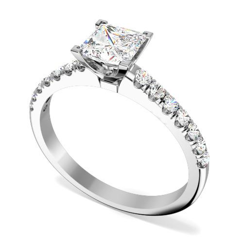 Inel de Logodna Solitaire cu Diamante Mici pe Lateral Dama Aur Alb 18kt cu un Diamant Princess si 14 Diamante Rotund Briliant toate Setate cu Gheare