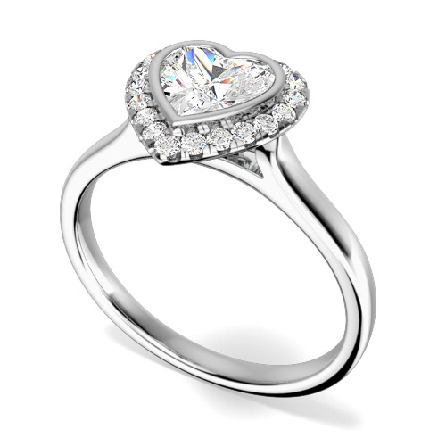 Inel de Logodna Tip Halo cu Mai Multe Diamante Dama Aur Alb 18kt cu un Diamant in Forma de Inima in Setare Rub-Over si Diamante Rotunde Briliant in Gheare