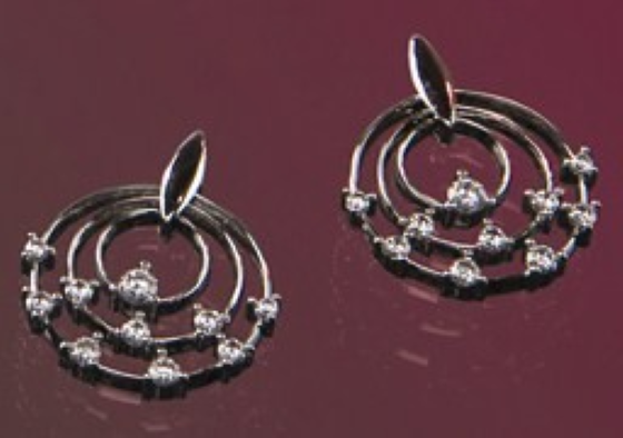 Diamond Earrings in 18ct White Gold with 20 Round Diamonds in a Claw Setting-img1