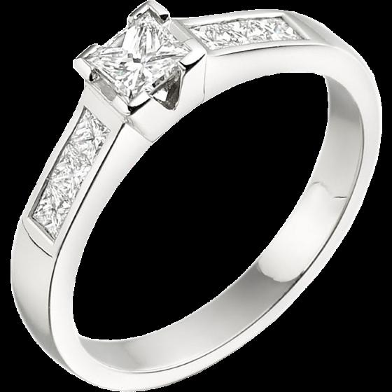 Inel de Logodna Solitaire cu Diamante Mici pe Lateral Dama Aur Alb 18kt cu un Diamant Central Princess si Diamante princess pe Margini-img1