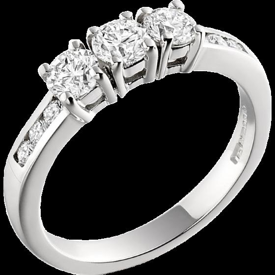 Drei-Steine Ring/Verlobungsring für Dame in 18kt Weißgold mit 3 runden Brillanten & Diamanten an den Schultern-img1
