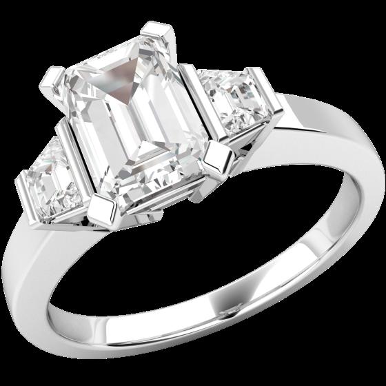 Drei-Steine Ring/Verlobungsring für Dame in Platin mit einem Smaragd Schliff und 2 Trapezschliff Diamanten-img1