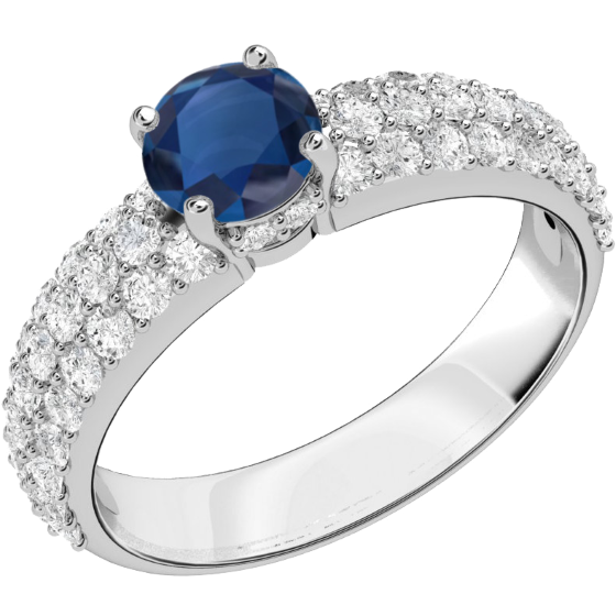 Saphir und Diamant Ring für Dame in 18kt Weißgold mit einem runden Saphir in Krappenfassung und mit runden Brillanten in Pavefassung auf den Schultern-img1