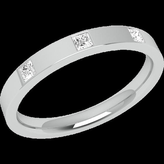 Ehering mit Diamanten für Dame in 9kt Weißgold mit 3 Princess Schliff Diamanten in Zargenfassung, außen flach/innen bombiert, Breite 2.5mm-img1