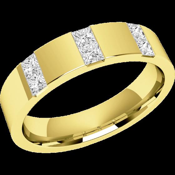 Ehering mit Diamanten für Dame in 18kt Gelbgold mit 6 Princess Diamanten in Kanalfassung, außen flach/innen bombiert, Breite 4.5mm-img1