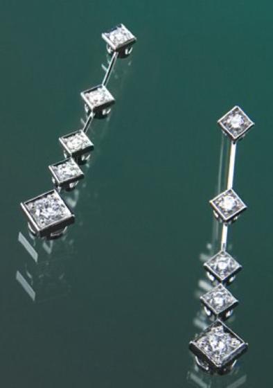 Cercei Aur Alb 18kt cu 10 Diamante Rotund Briliant cu Setare Gheare-img1