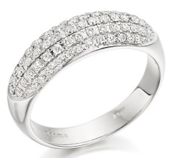 RD179W - 18ct white gold ring with round diamonds in a pave setting