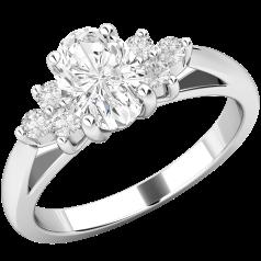 Verlobungsring für Dame in 18kt Weißgold mit einem ovalen Diamanten und 3 runden Diamanten auf Beiden Seiten
