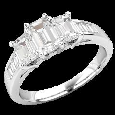 Drei-Steine Verlobungsring mit Schultern für Dame in Platin mit 3 Smaragd Schliff Diamanten und Baguette Schliff Schulter-Diamanten in Kanalfassung
