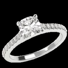 Inel de Logodna Solitaire cu Diamante Mici pe Lateral Dama Aur Alb 18kt cu Diamant Cushion in Centru si Diamante Mici Rotunde pe Lateral