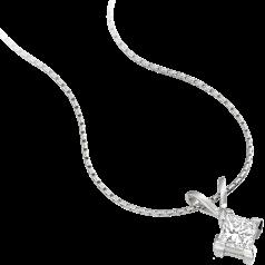 Pandantiv cu Diamant Solitaire Aur Alb 18kt cu Diamant Princess in Setare cu 4 Gheare si Lantisor de 45cm. In Stoc.