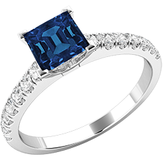 RDS606W-Inel Solitaire cu Safir si Diamante Mici pe Lateral Dama Aur Alb 18kt cu un Safir Princess si 7 Diamante Rotund Briliant toate Setate cu Gheare