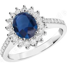 Inel cu Safir si Diamant Dama Aur Alb 18kt cu un Safir in Forma Ovala in Centru si Diamante Mici Rotund Briliant Imprejur si pe Margini
