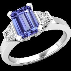 Tansanit und Diamant Ring für Dame in 18kt Weißgold mit einem achteckigen Tansanit und 2 Trapezschliff Diamanten auf den Schultern