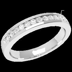Halb Eternity Ring/Ehering mit Diamanten für Dame in 18kt Weißgold mit 14 runden Brillanten in Kanalfassung, bombiertes Profil, 2.9mm Breit