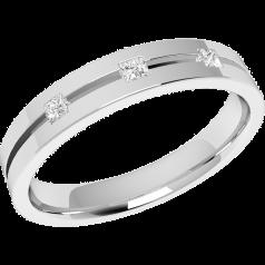 Ehering mit Diamanten für Dame in 18kt Weißgold mit drei Princess Schliff Diamanten, außen flach/innen bombiert, 3.5mm breit