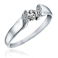 Inel de Logodna Solitaire cu Diamante Mici pe Lateral Dama Aur Alb 14kt cu un Diamant Rotund Central in Setare si Diamante Laterale in Gheare