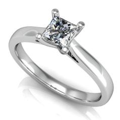 Inel de Logodna Solitaire Dama Aur Alb 14kt cu un Diamant Taietura Patrata Setat cu 4 Gheare