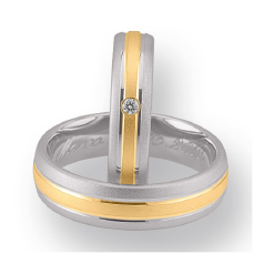 Set de Verighete din Aur Galben si Aur Alb de 14kt cu un Diamant Rotund Briliant Setare Rub Over, Finisaj Periat