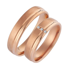 Set de Verighete din Aur Roz 14kt cu 3 Diamante Rotund Briliant, Profil Rotunjit Finisaj Periat